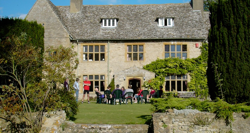Tea on the lawn at Charney Manor. Image © Jane Barnes.