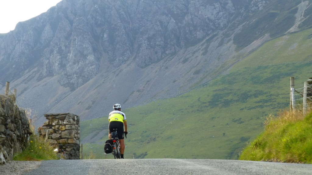 Off down the Nantlle Valley (Pic: Fran Allen)