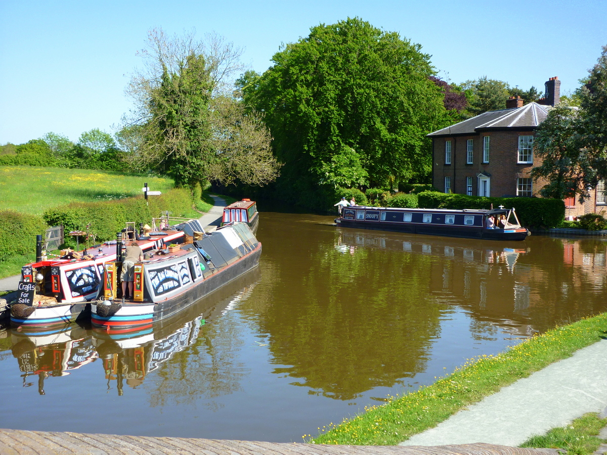 Crossing the canal at Ellesmere