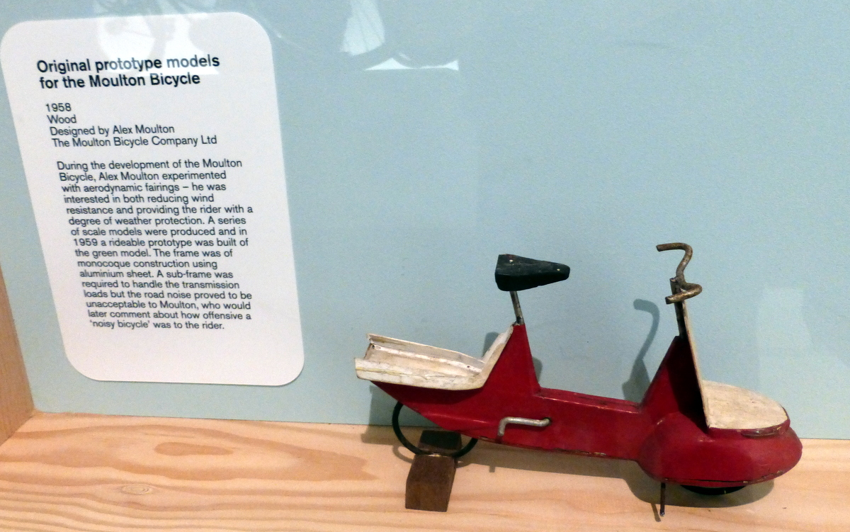 Early Mpoulton prototype model, with fairings (that's aerodynamic panels, not the Cornish biscuits)